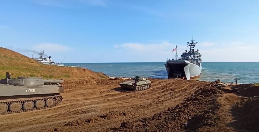 Росія заявила про відведення військ і завершення раптової перевірки боєготовності в Криму / скріншот