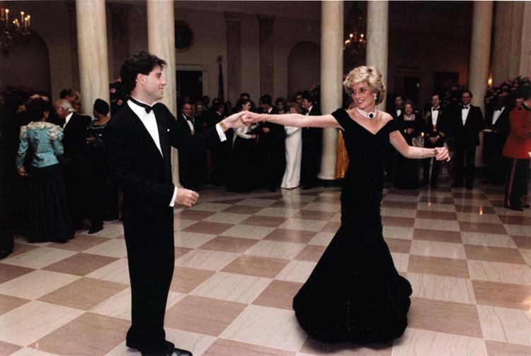 Джон Траволта і принцеса Діана танцювали разом під час прийому в Білому Домі в 1985 році / фото Вікіпедія