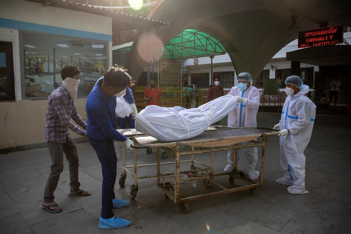 В Индии сложилась катастрофическая ситуация с коронавирусом \ фото REUTERS