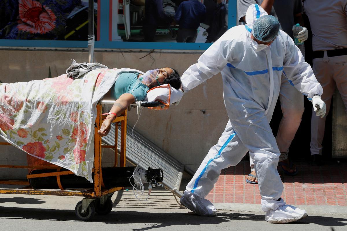 За неделю в миревыявили почти шесть миллионов случаев коронавируса/ фото REUTERS