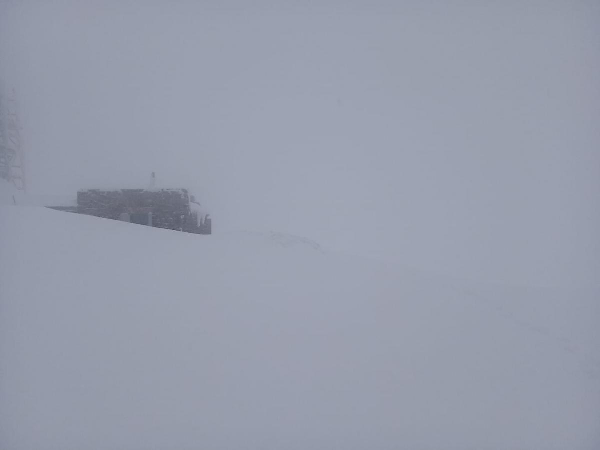 В горах все еще снежит / Фото facebook.com/chornogora.rescue112