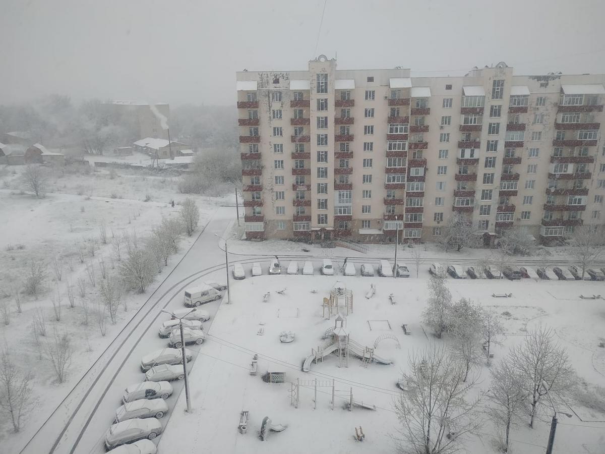 Богуслав, что на Киевщине, припорошило снегом / Фото Алексей Репик