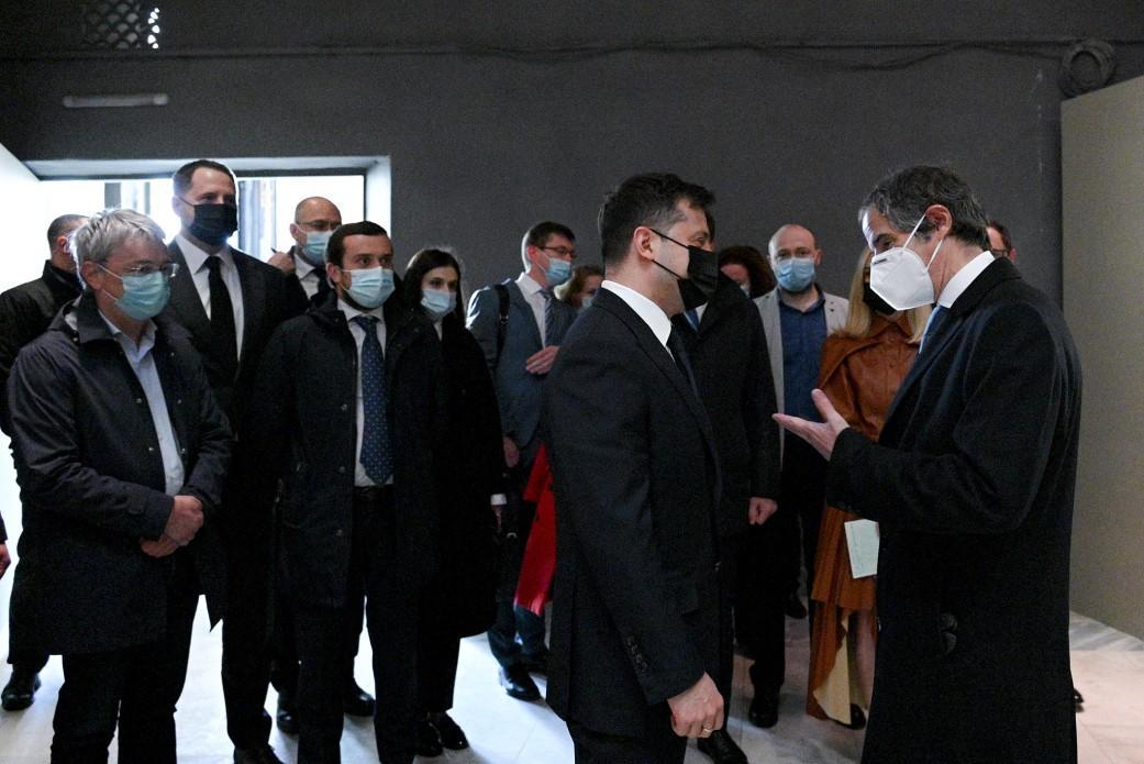Украина планирует перейти к использованию новейших ядерных реакторов, в том числе малых модульных SMR-160 / фото Офиса президента Украины