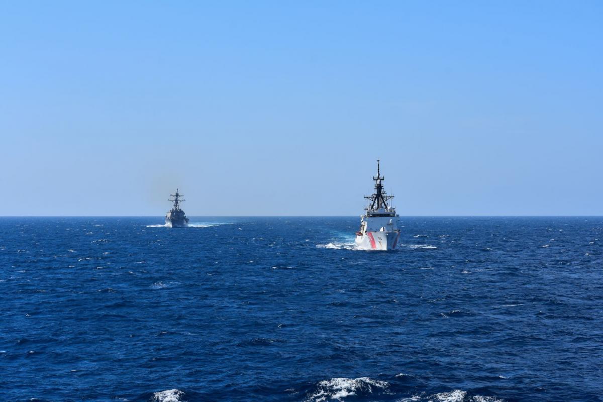 США отправили катер береговой охраны в Черное море / фото twitter.com/USNavyEurope