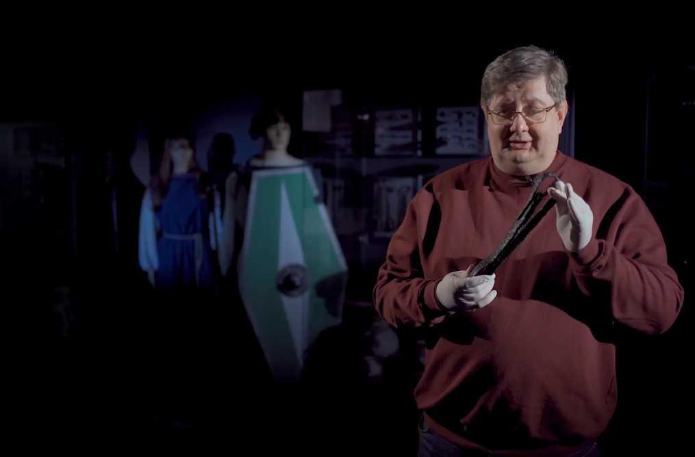 Археологи знайшли меч-гладіус/ скріншот з відео «Рятівної археологічної служби»