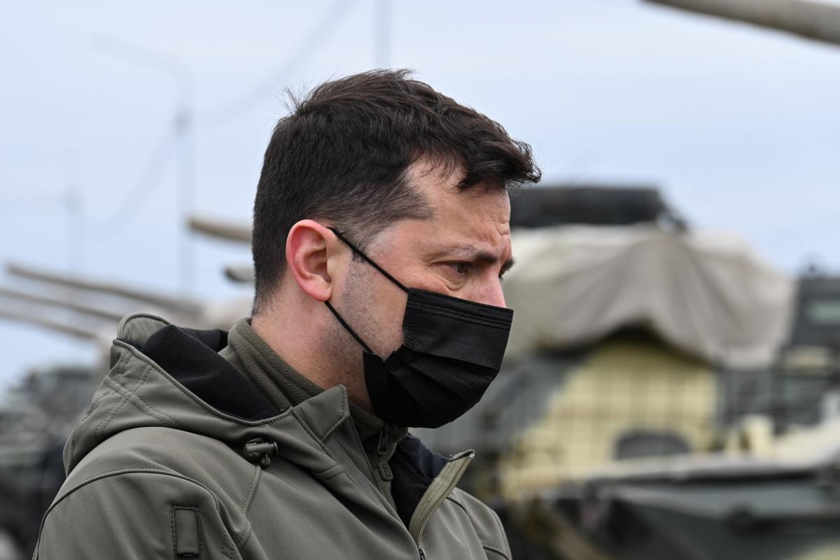 """Зеленский рассказал на встрече с Блинкеном о так называемом """"отводе"""" Россией своих войск / REUTERS"""