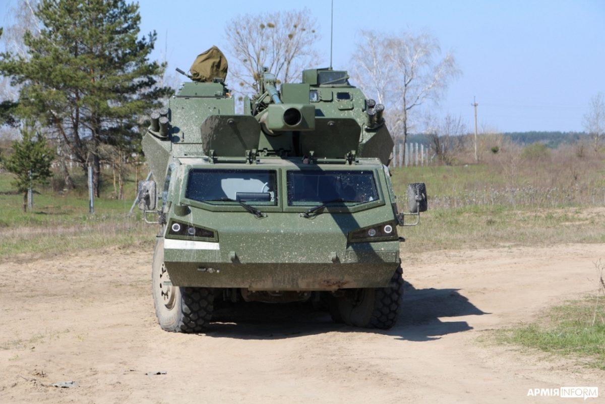 Тестування гаубиці проходить в умовах, максимально наближених до бойових / фото АрміяInform