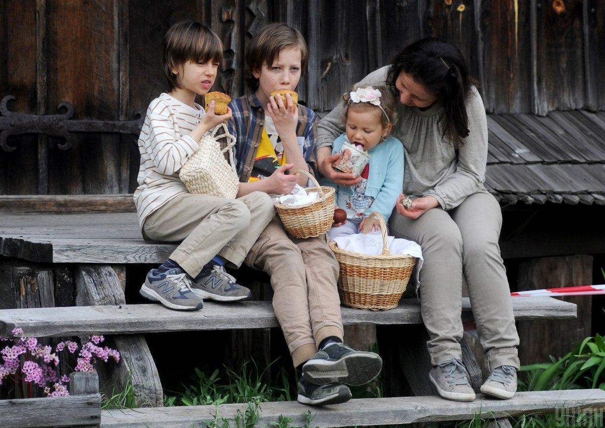Покупная паска в этом году обойдется украинцам в среднем в 85 грн / Фото УНИАН, Алексей Иванов
