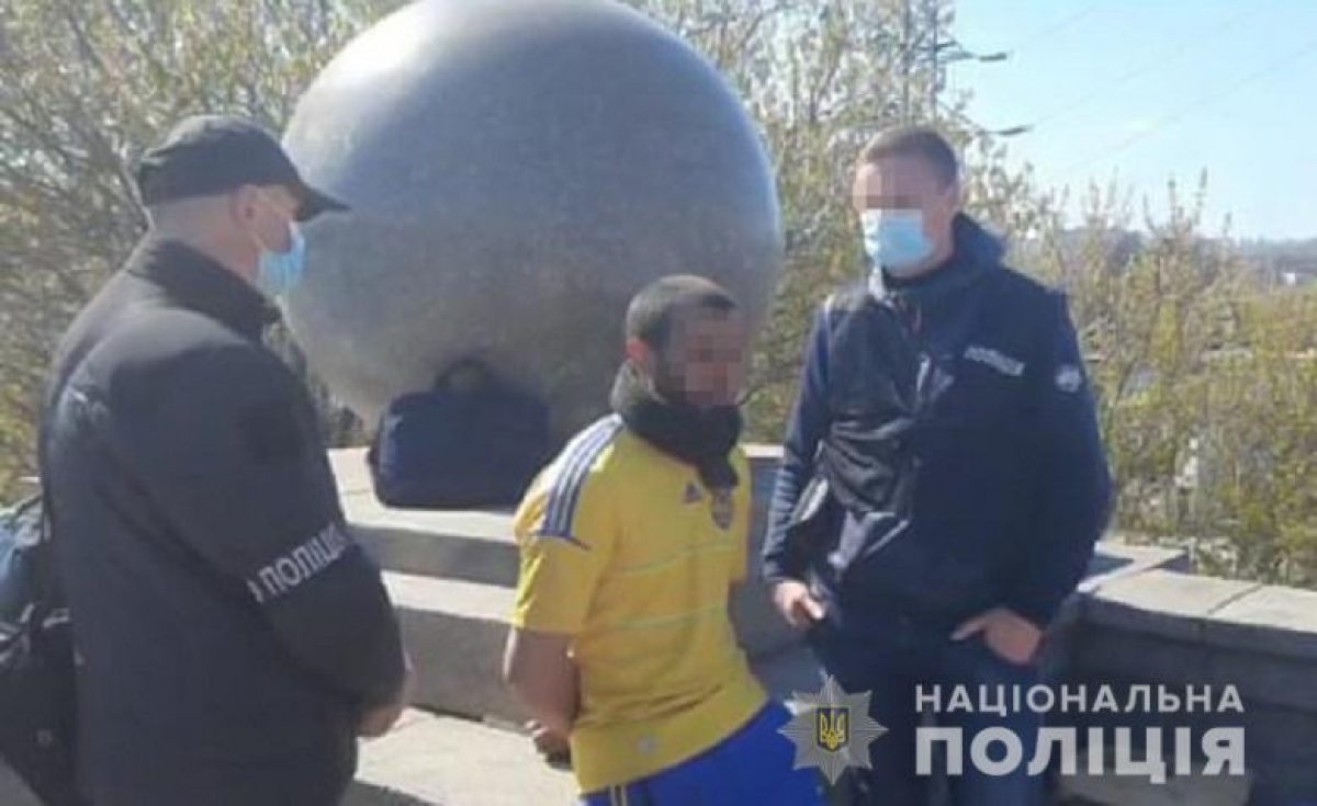 В Киеве задержали подозреваемого в убийстве и расчленении своего товарища