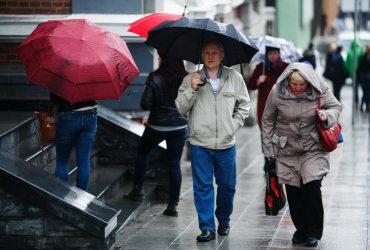 Дожди и снегопады продолжатся: синоптик рассказала о погоде на завтра