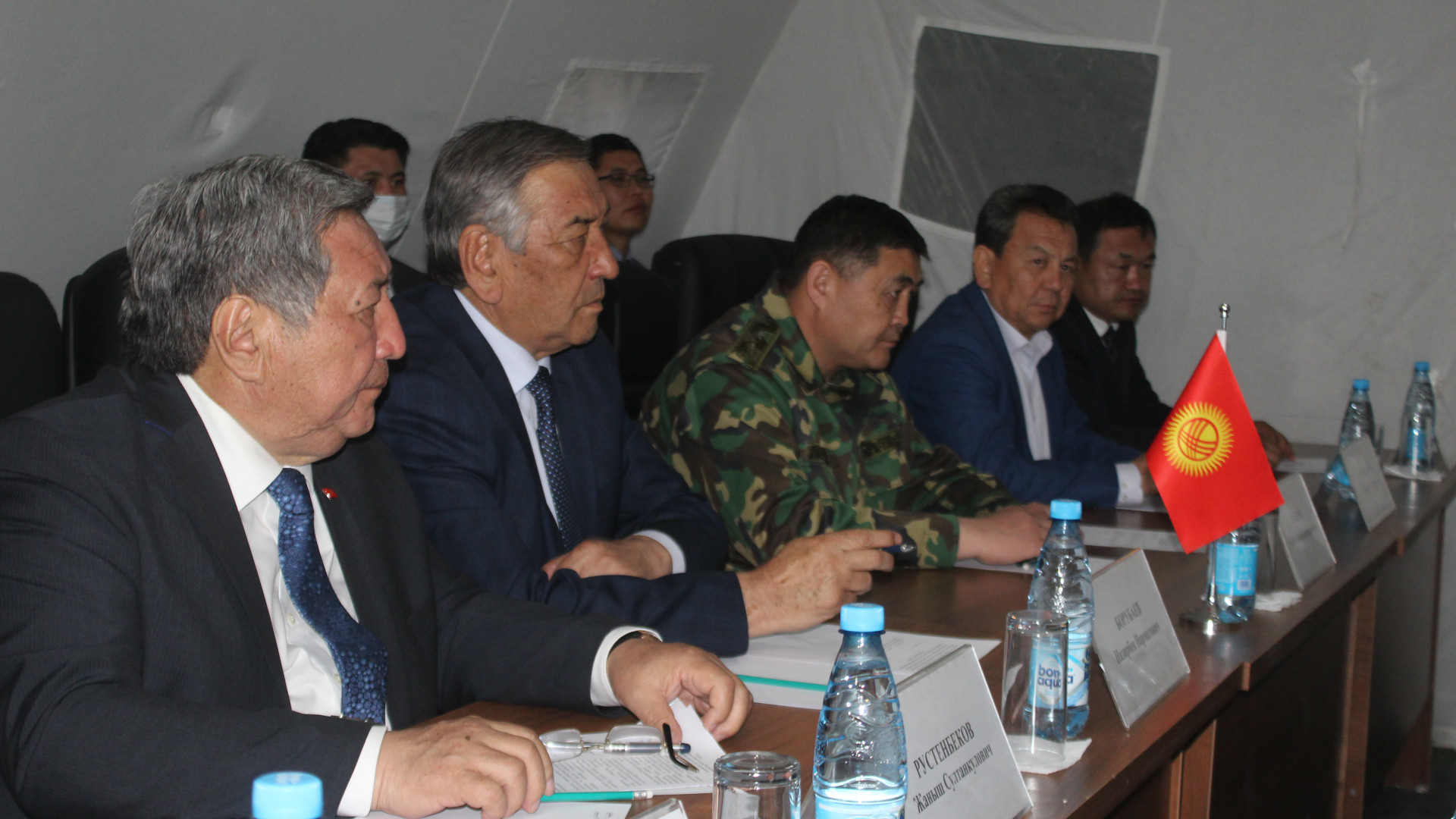 The two delegations discussed a peaceful settlement of the conflict / Photo from theKyrgyz government