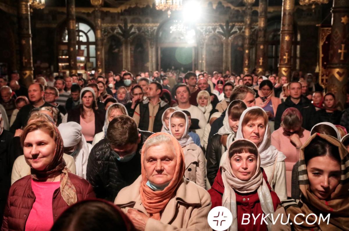 Великоднє богослужіння в Лаврі / bykvu