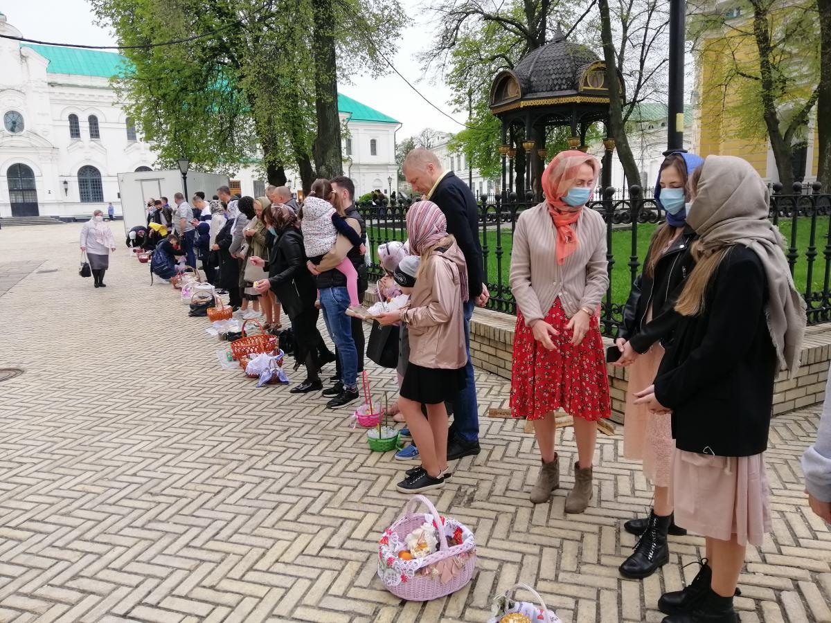 Многие киевляне привели детей к храмам / УНИАН