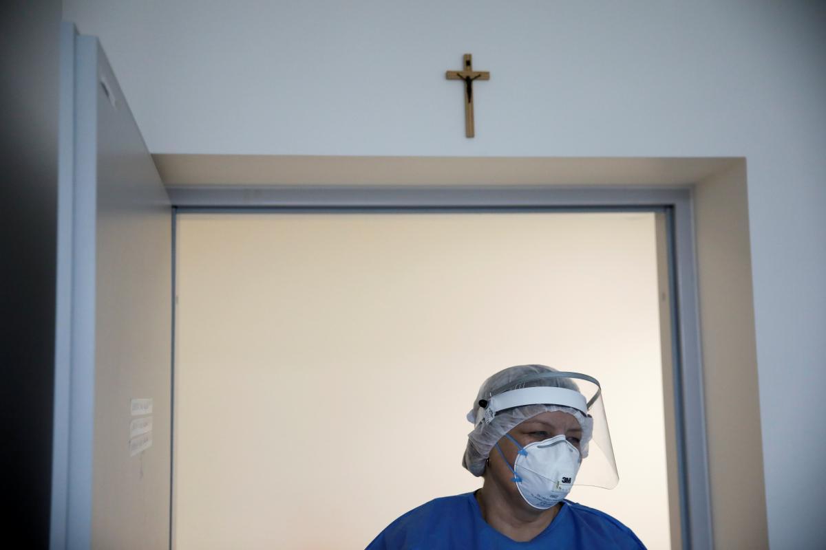 В Польше ослабили противоэпидемические ограничения / фото REUTERS