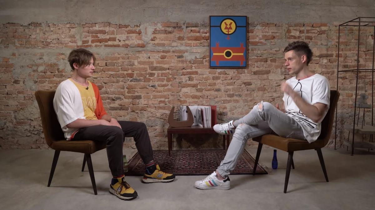 Юрий Дудь взял интервью у блогера Ивангай и нарвался на критику / скриншот из видео