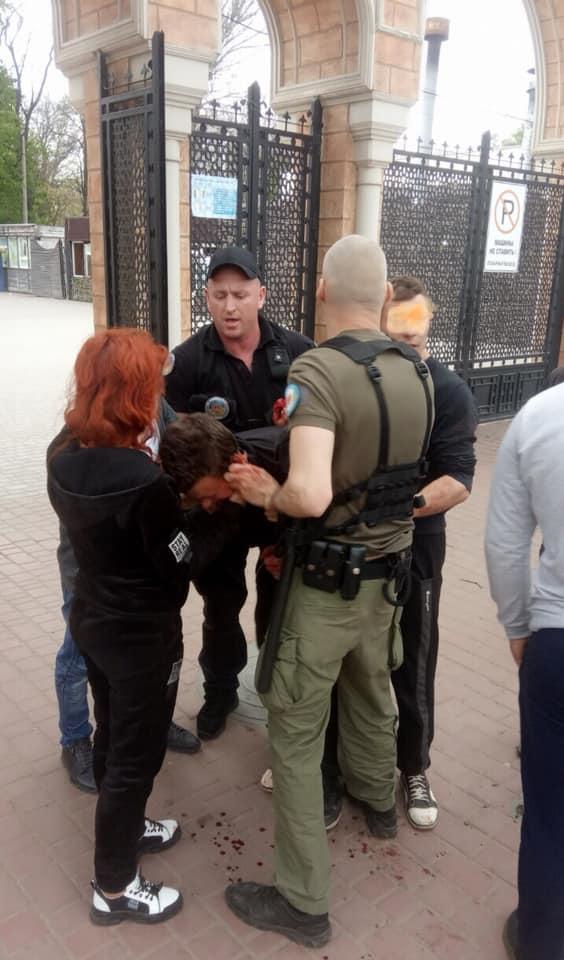 Группа мужчин устроила драку в Преображенском парке / фото Департамент муниципальной безопасности