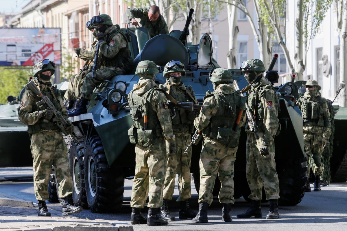 До складу окупаційного угруповання військ противника входить 14 бойових бригад / фото REUTERS