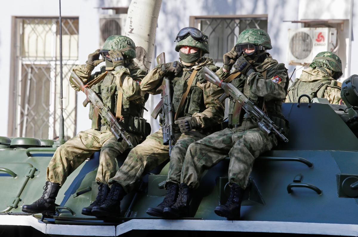 """""""На обстрелы противника украинские защитники открывали ответный огонь / REUTERS"""