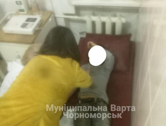 Детали происшествия выясняют / фото «Муниципальная стража» Черноморского городского совета
