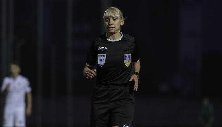 Анастасия Романюк - арбитр ФИФА с 2015 года / фото fcvolyn.net