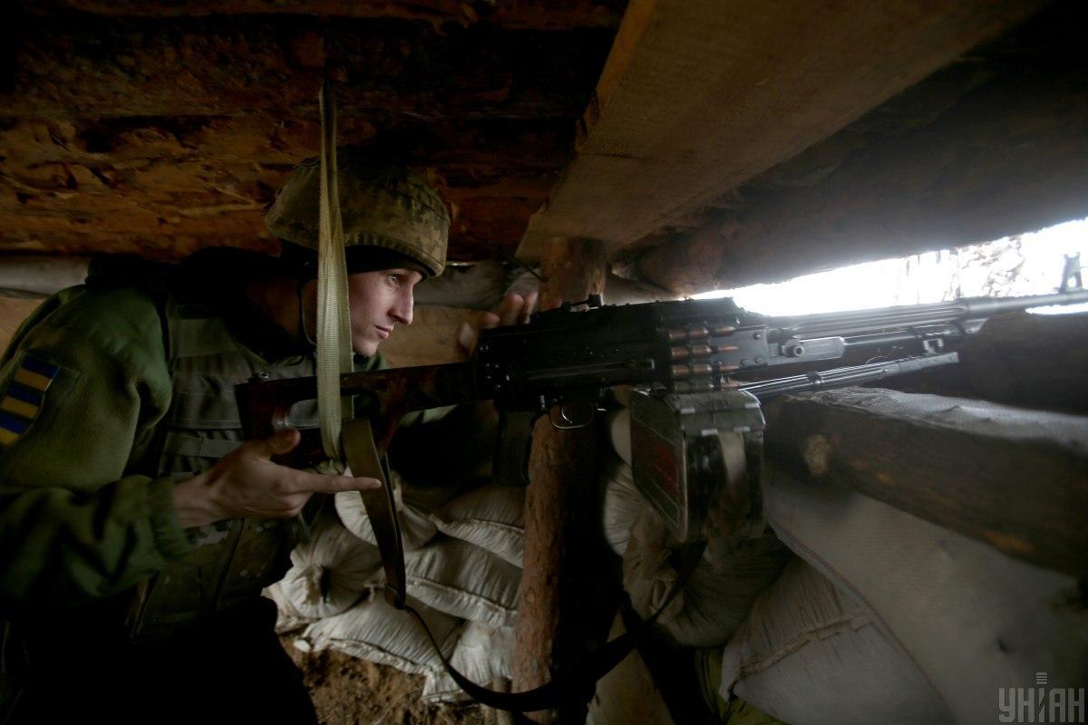 Неподалік Троїцькоговорог відкривав вогонь із мінометів 120-го калібру / фото УНІАН