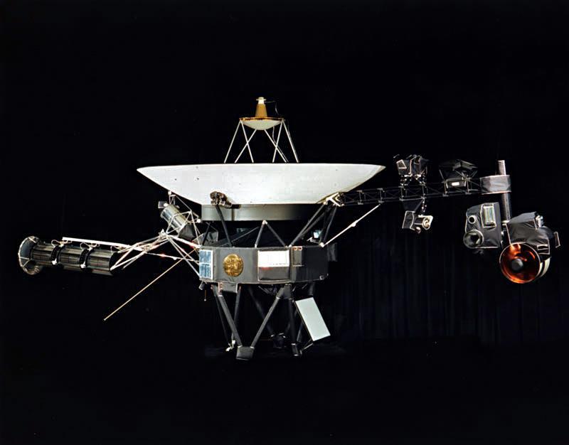 """Зонд """"Вояджер-1"""" удаляется от Земли с 1977 года / фото Википедия"""