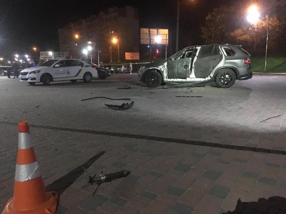 BMW Х5 обстріляли з гранатомета / фото facebook.com/frankivsk.police