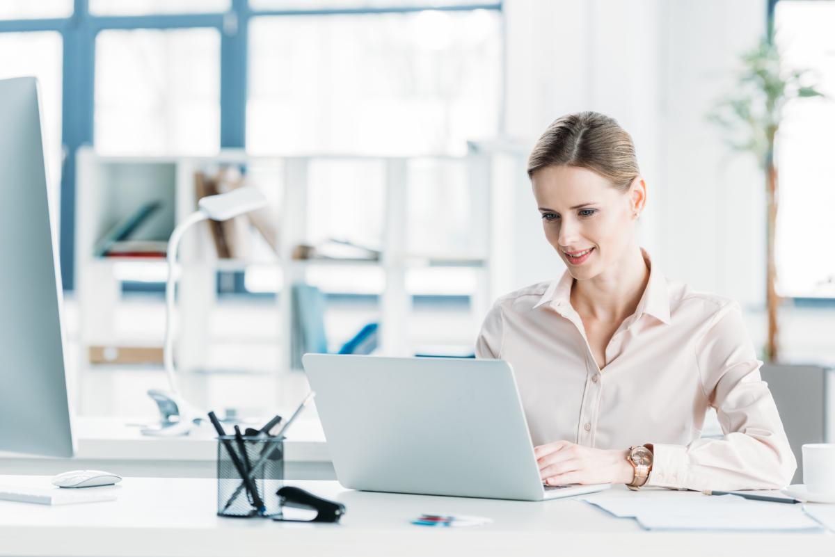 Як одягнутися в офіс / depositphotos.com