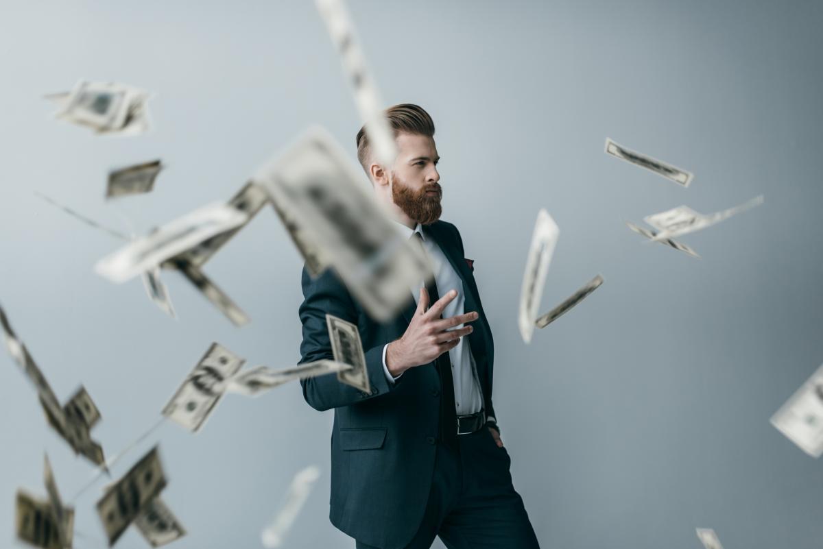 В налоговой рассказали, сколько в Украине миллионеров и миллиардеров / фото ua.depositphotos.com