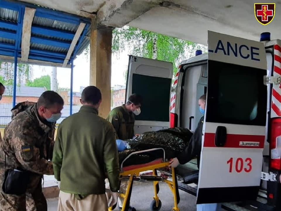 В Киев доставили раненых бойцов КомандованияМедицинских сил ВСУ