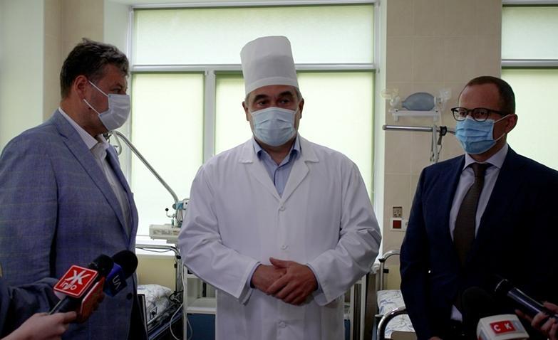 В отделении 34 койко-места, а также две палаты интенсивной терапии / Фото УНИАН, Марина Чорноштан