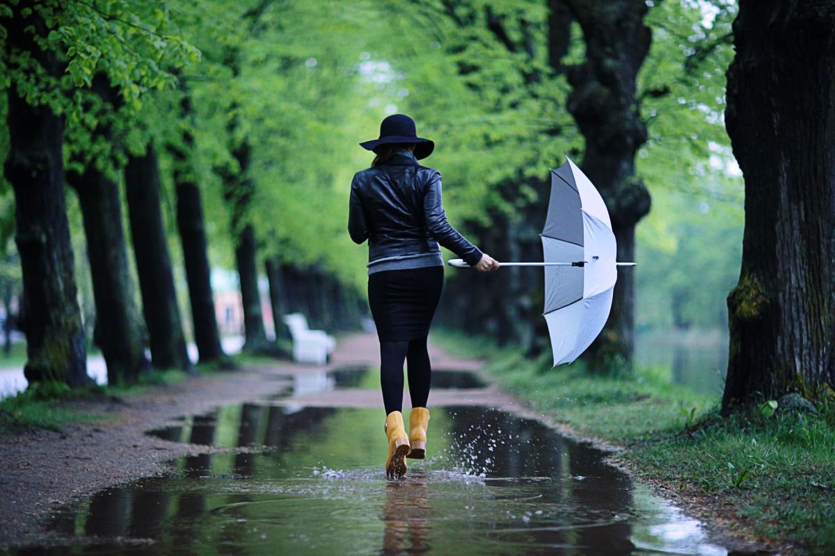 Наприкінці місяця трохи похолодає / Фото ua.depositphotos.com