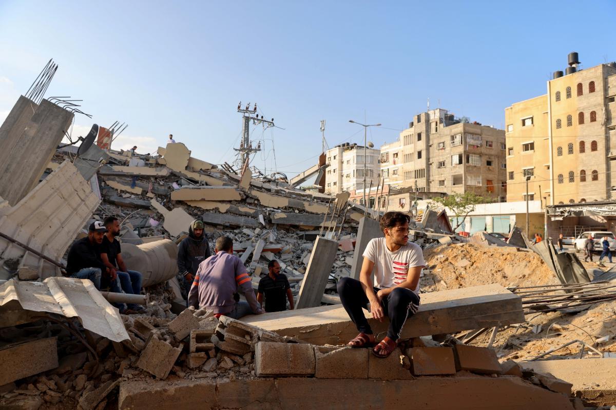 Зеленский распорядился организовать возвращение украинцев из сектора Газа \ фото REUTERS