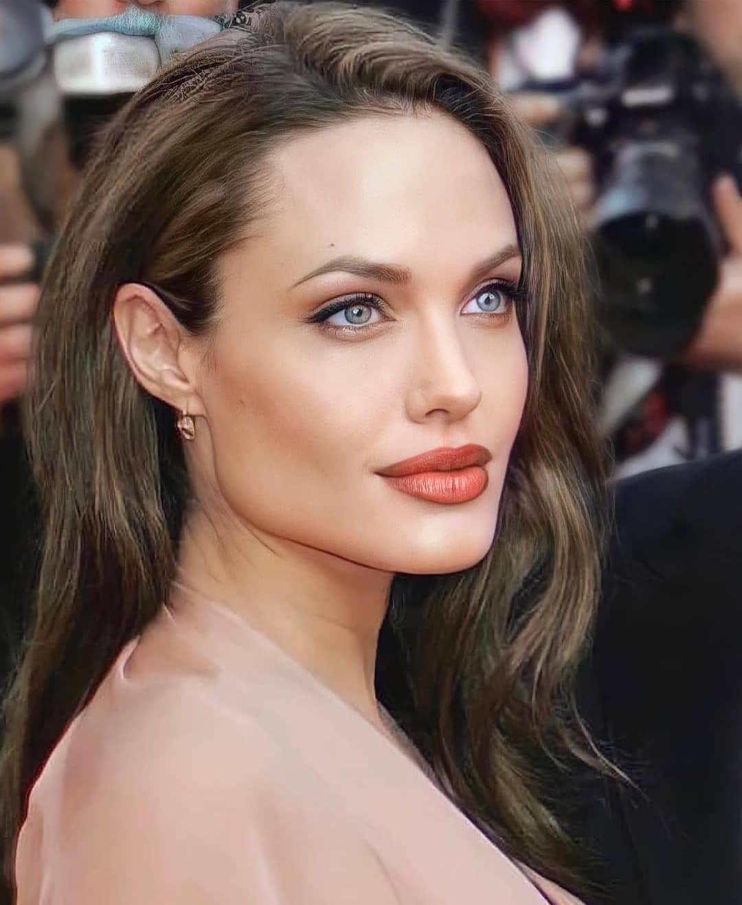 У Джолі немає коханця / instagram.com/angelinajolie_offiicial