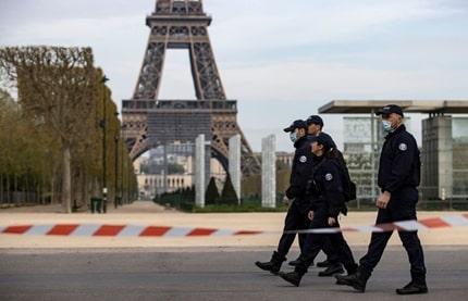 Париж під час комендантської години