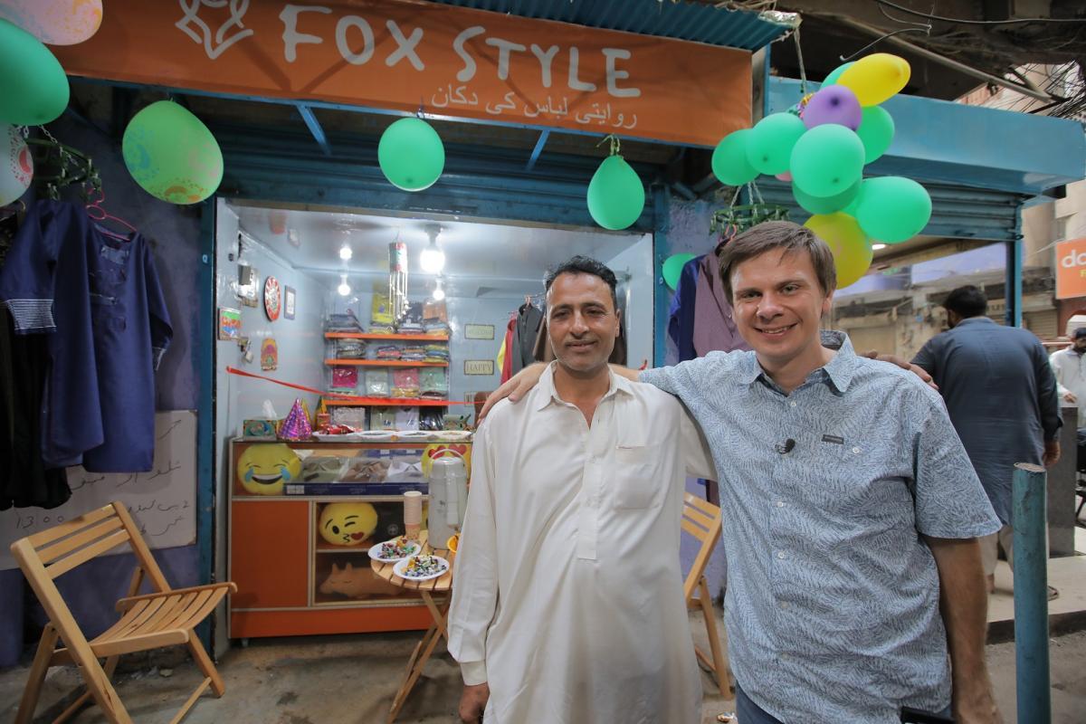 Дмитрий Комаров в Пакистане / фото пресс-службы «1+1»