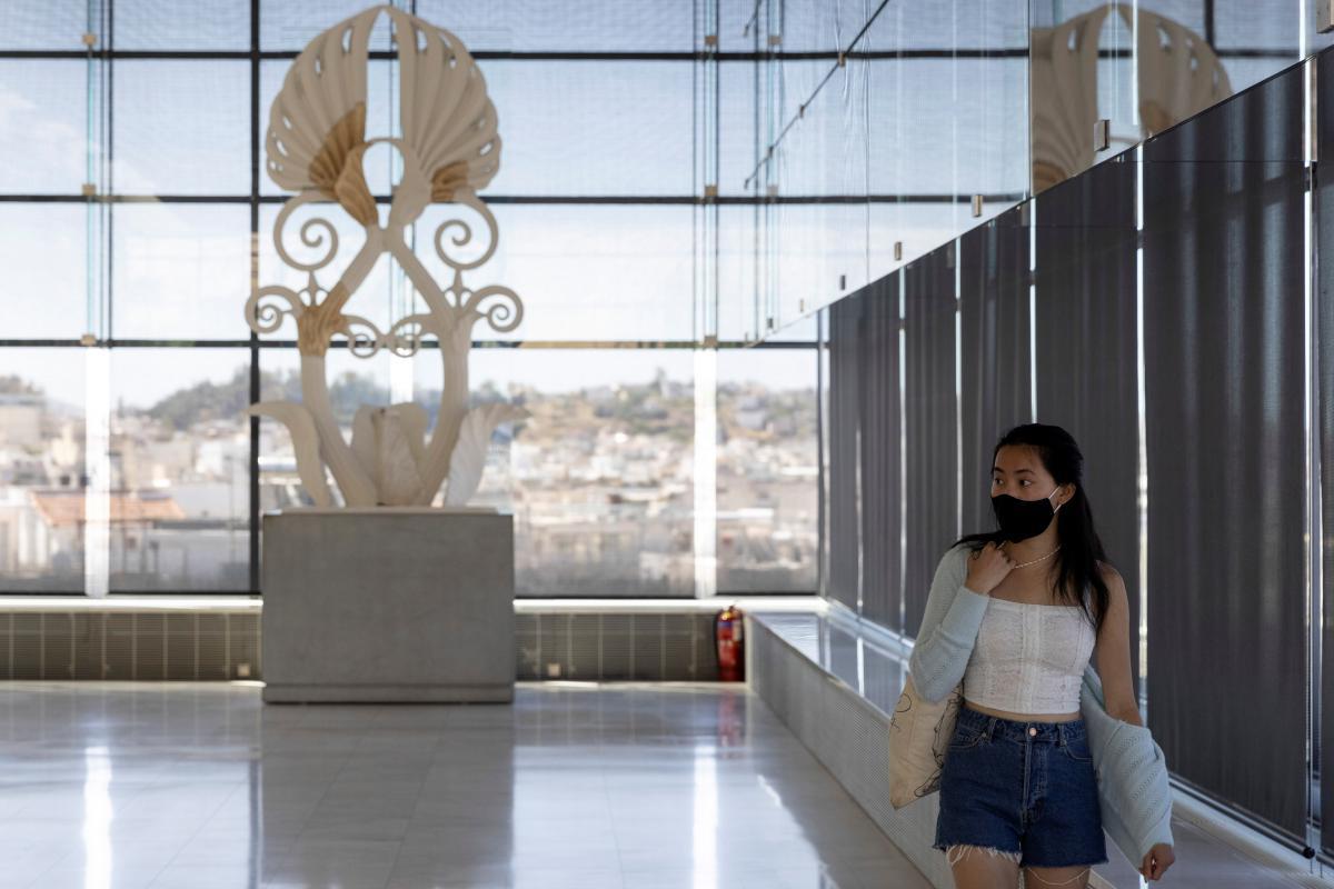 До музеїв Афін повернулися перші відвідувачі / фото REUTERS