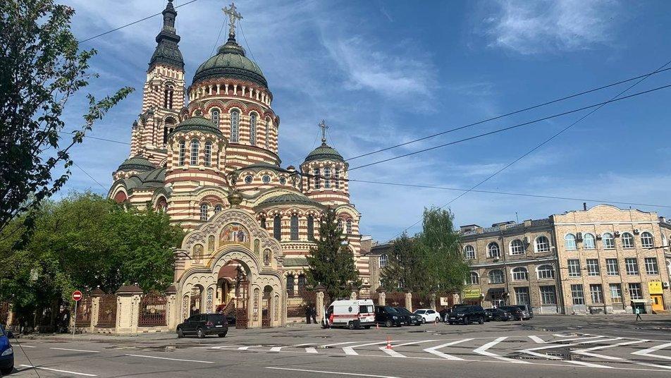 Вранці 15 травня навколо собору обмежили проїзд / фото Суспільне Харків