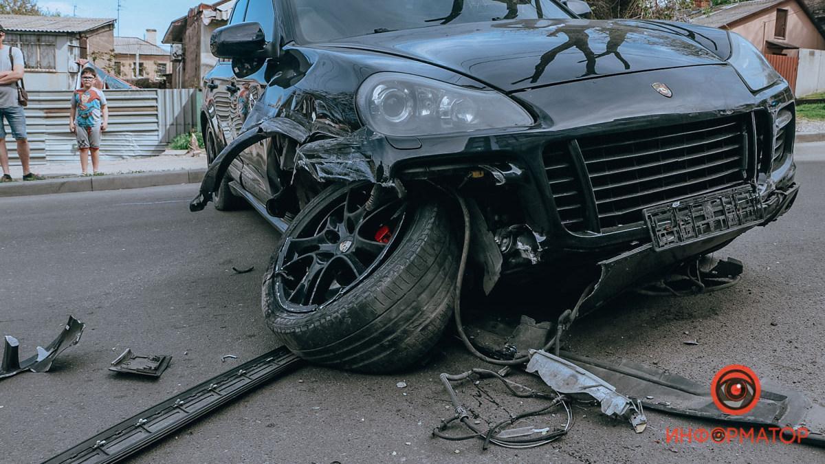 """Водій Porsche міг бути п'яним / фото """"Інформатор"""""""