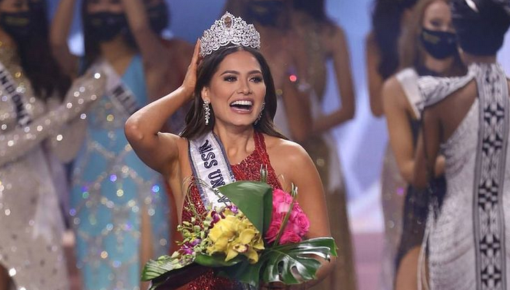 """Титул """"Міс Всесвіт"""" виграла учасниця з Мексики \ фото instagram.com/andreamezamx/"""