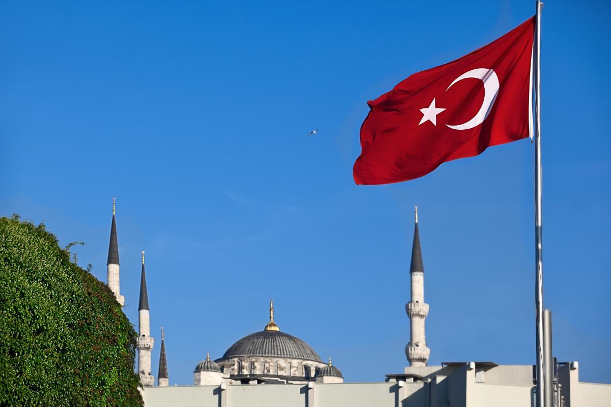 Водночас існує надія, що можлива участь Туреччини покращить стосунки між ЄС та НАТО, а також власне країни - зКіпром і Грецією / фото ua.depositphotos.com