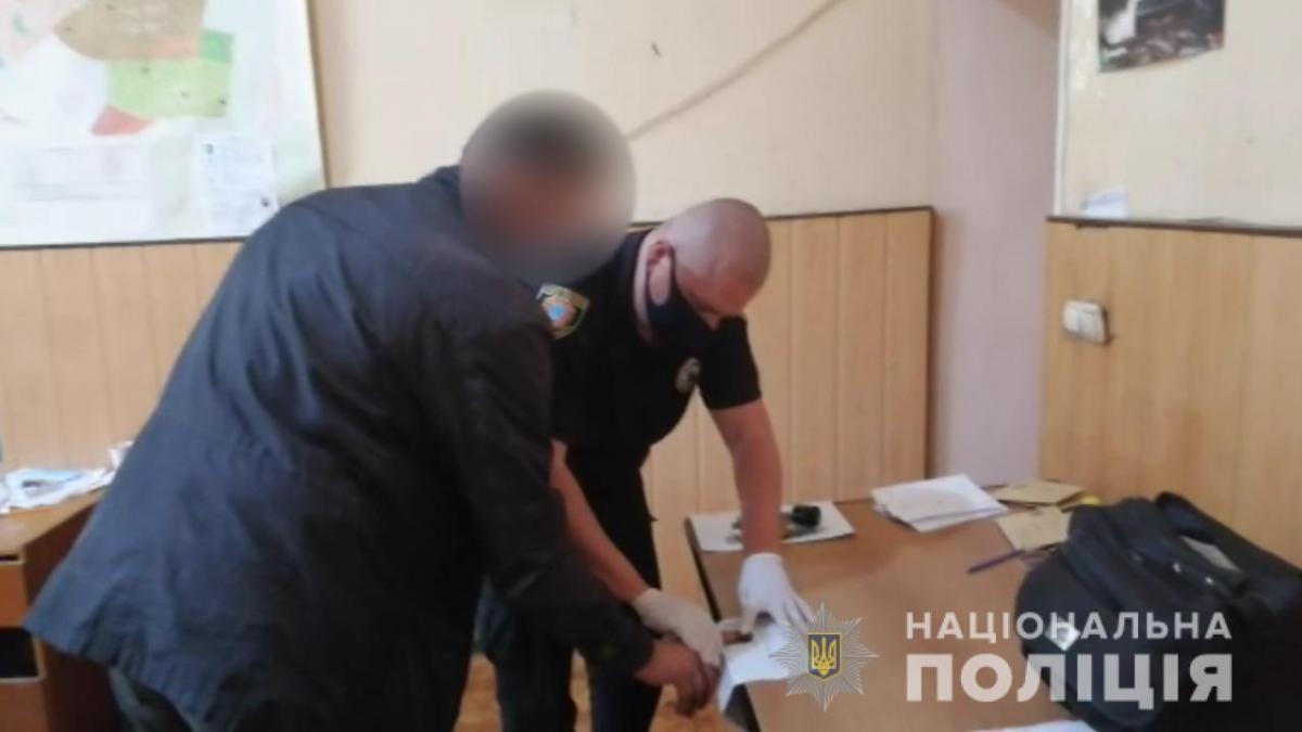 Подозреваемого задержали / фото: Нацполиция