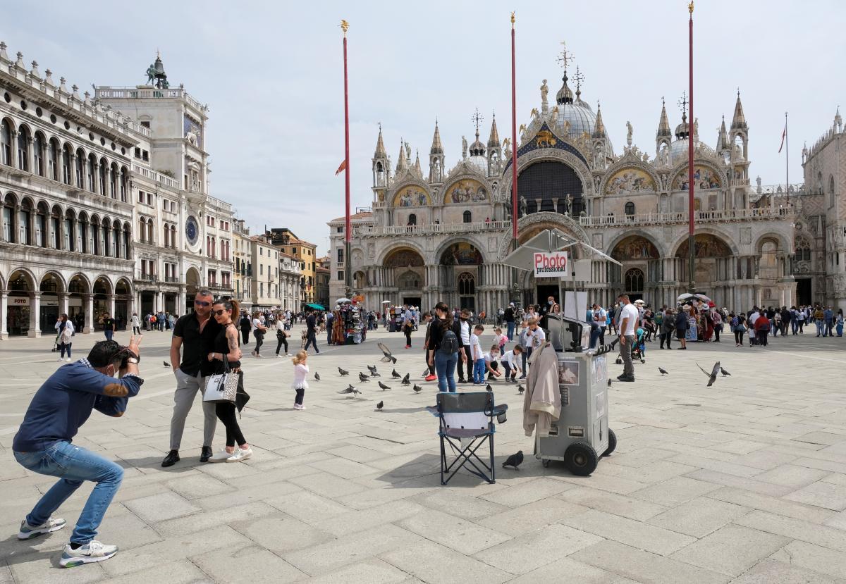 В ЕС завили о благоприятных условиях для восстановления туризма летом / фото REUTERS