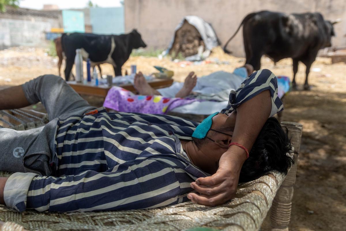 Индия продолжает лидировать по количеству больных коронавирусом в мире / REUTERS