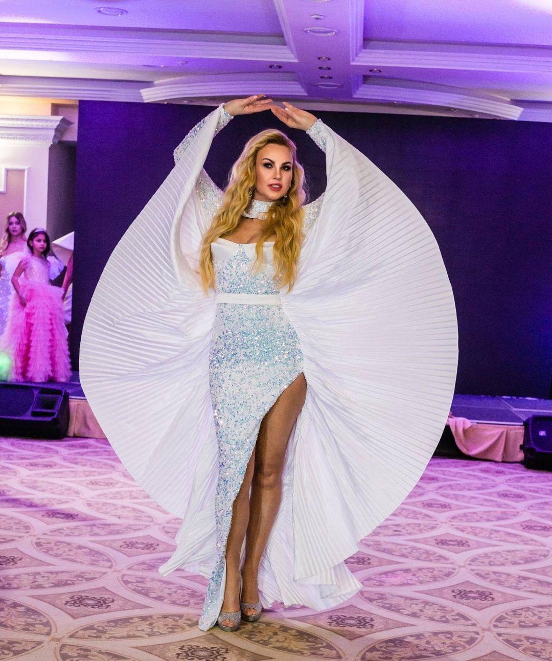Камалія брала участь у конкурсах краси / instagram.com/kamaliyaofficial