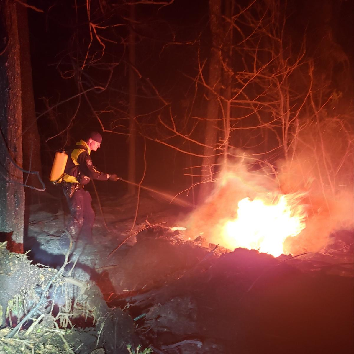 В Україні оголошено найвищий рівень пожежної небезпеки / фото RCMP Manitoba / Twitter