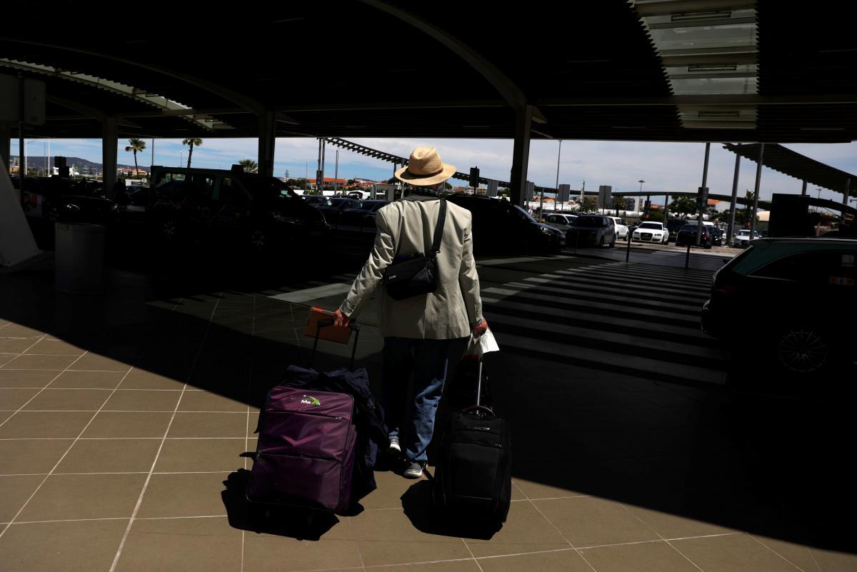 Инцидент вызвал хаос в аэропорту / фото - REUTERS