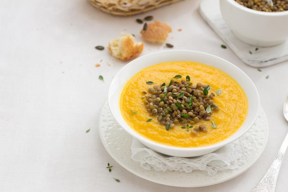 Рецепт супа с чечевицей / фото ua.depositphotos.com