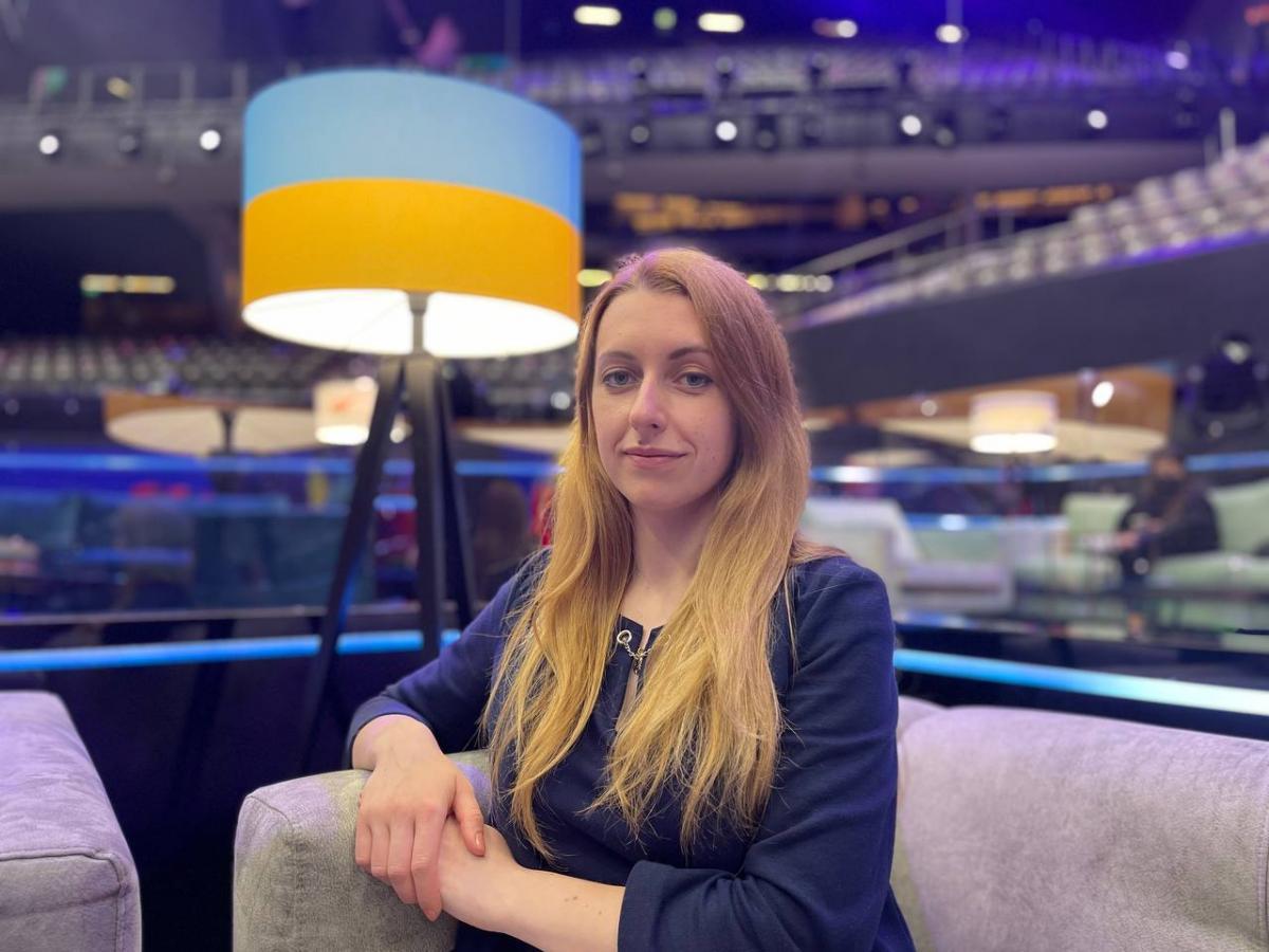 В умовах пандемії всім доводиться адаптуватися, але організаторам вдалося зберегти дух Євробачення / фото, надані Оксаною Скибінською