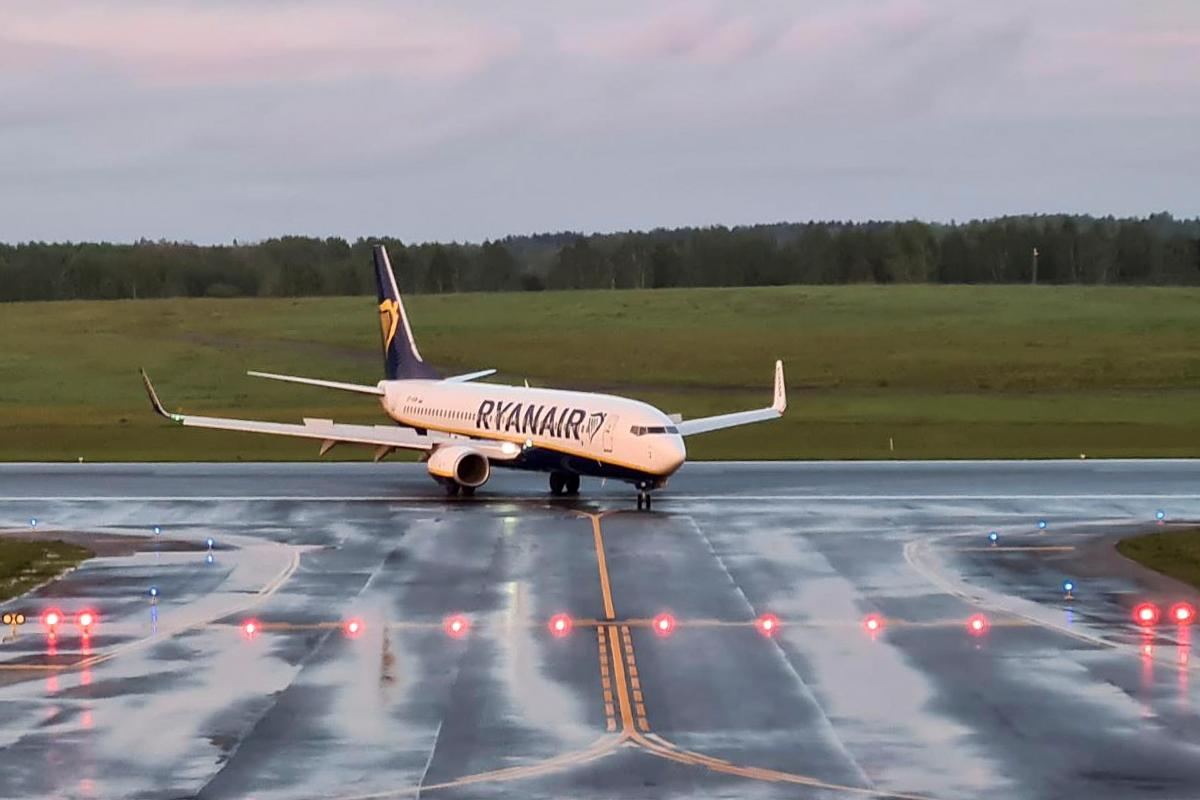 """В аэропорту """"Минск"""" 23 маяэкстренно приземлился самолет компании Ryanair / фото REUTERS"""